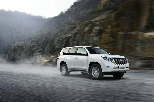 Тест-драйв Toyota Land Cruiser Prado 150 2014 с фото